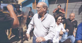 Régimen de Daniel Ortega reprime a medio crítico