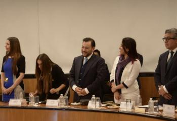 Serrano deja el PRD; abre espacio a jóvenes