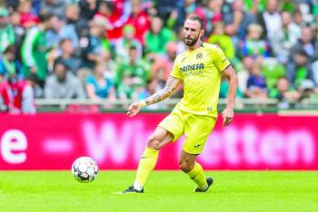 Layún suma minutos en empate con Villarreal