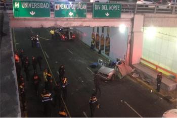 Choque en Calzada de Tlalpan deja dos muertos