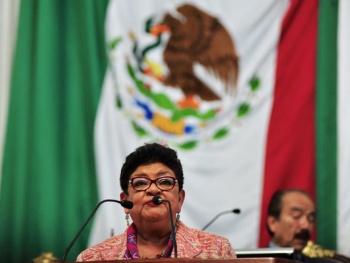 Ernestina Godoy aplaza petición de licencia en Congreso CDMX