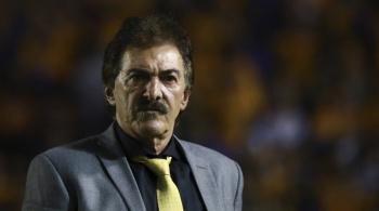 La Volpe se candidatea para dirigir a Boca Juniors