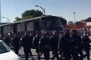 Por bloqueo de campesinos, arriban elementos de la Policía CDMX a San Lázaro