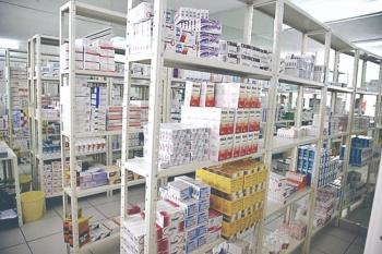 COFEPRIS niega desabasto de medicamento en el país