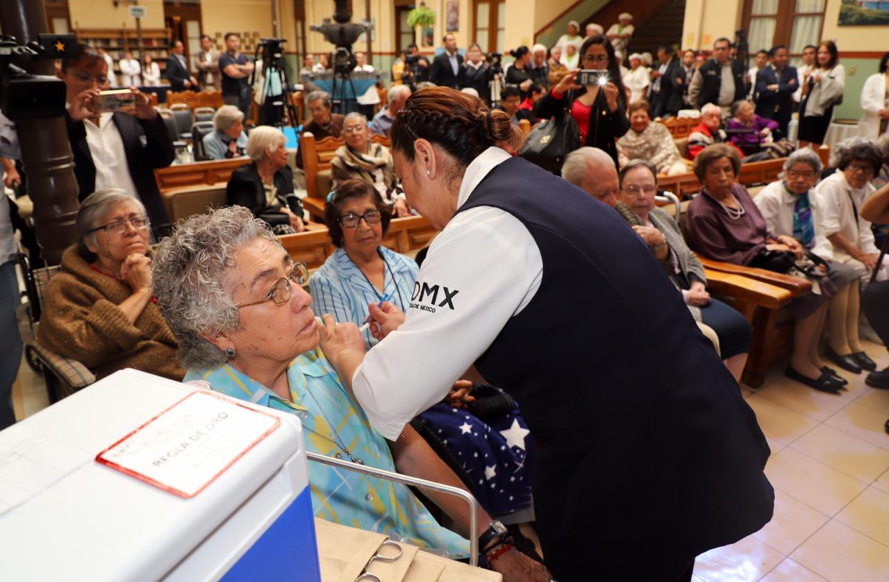 Da inició campaña de vacunación contra influenza estacional en la CDMX