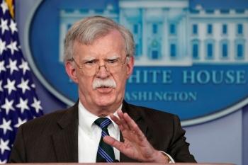 John Bolton recomienda a Maduro dejar el poder o terminará en Guantánamo