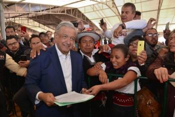 AMLO presenta programa de Canasta Básica en San Luis Potosí