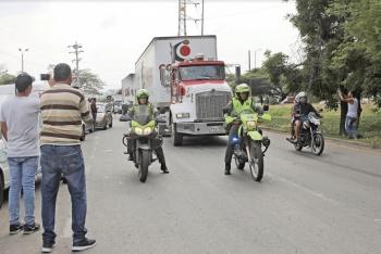En Venezuela esperan, pero la ayuda sigue en Colombia