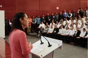 Aumenta Gobierno de la CDMX salario a operadores de Locatel y 911