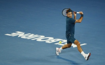 Stefanos Tsitsipas, da la sorpresa al eliminar a Roger Federer en el Abierto de Australia