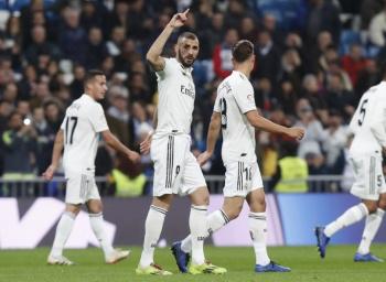 Real Madrid gana al Rayo, pero se va silbado